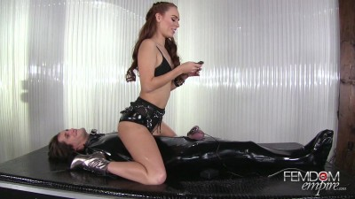 Electro Chastity Trainer
