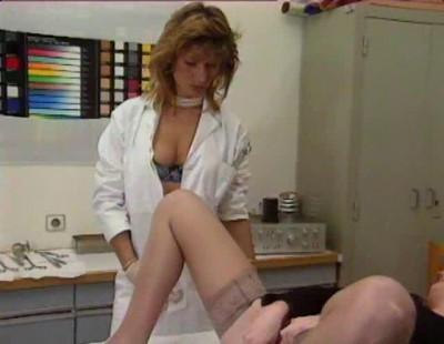 Les Chaleurs De La Gyneco (1991)
