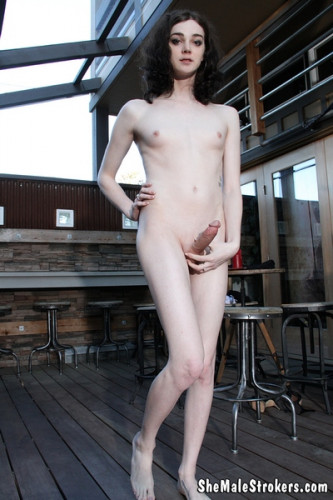 SheMaleStrokers Sasha Skyes Cute Trans Girl Creams It Up All For You