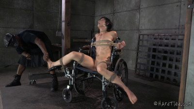 Elise Graves Bondage Therapy (2014)