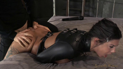 Bonnie Rotten Bound In A Straightjacket And Roughly Fucked Hard, Epic Deepthroat (2015)