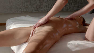 Sabrina - Pregnant Pampering Massage