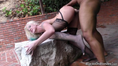 Leya Falcon — Blacks On Blondes (2015)