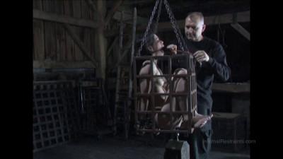 Felonie Caged Bonus (2015)