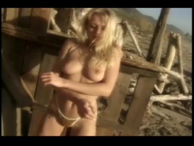 Bikini Showgirls