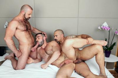 Skins Room With A View (Felipe Ferro,Jose Quevedo,Santi Noguera)