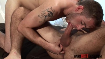 James Carter & Oliver James – Beefy Hung Lads Fuck Each Other