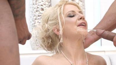 Piss My Ass Off - Caroline De Jaie
