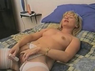 [Telsev] 1_er_cour_de_sexe_01 Scene #1