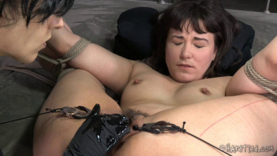 Tell Me What To Do — Colette Rouge, Elise Graves
