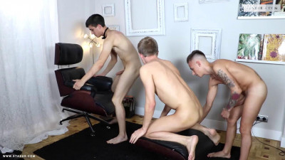 Horny Butler Leads A Double-Dicked Dash On Chris Jansen's Ass!