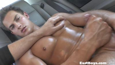 Eastboys – Limousine Boys 2013 – Pierre