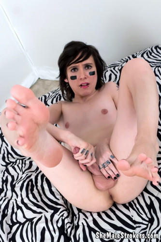 Ada Black  Hot Trans Girl Spunks All Over Just For You!