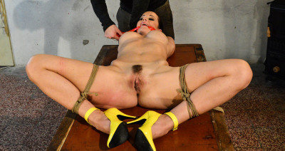 Submissed - Cindy bound gagged machine-fucked