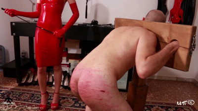 Mistress Iside - Red Harsh Whipping