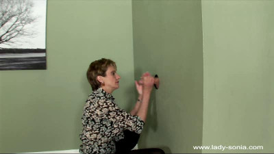 Lady Sonia - large full 126