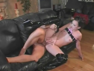 Deja Dare Swallow Sperm From Anal Cock
