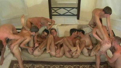 Bronzed studs in amazing orgy