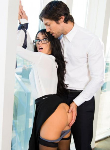 Megan Rain, Jean - Role Playing- Boss Secretary FullHD 1080p