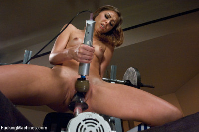20 yr old Pussy From Heaven: She squirts, She Swallows the Machine Cocks