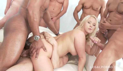 Big butt slut gangbang with ten big dicks