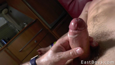 EastBoys Handjob – Sanchez Paolo