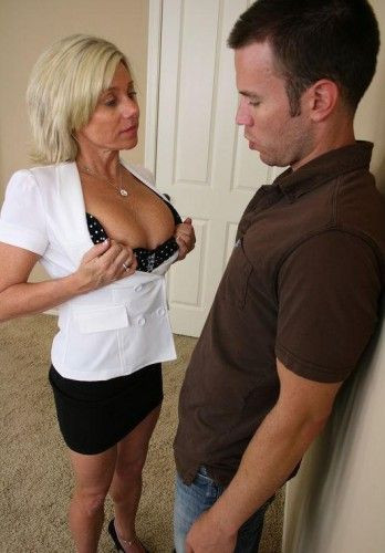 Sexy blond real estate agent Payton Hall really knows how to seal the deal (2012)
