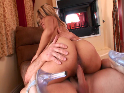 Angel Daisy has lovely ass and she wants to fuck