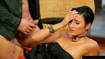 Gabrielle Gucci, Nicole Vice