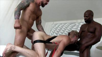 Fucking Threesome: CutlerX ,Rocco Steele & Logan Stevens (720p)