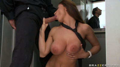 Sexy Girl Meets The Needs Of User Of The Elevator