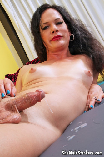 Gina Hart Sexy Tranny Wants To Squirt A Lot Just For (2014)
