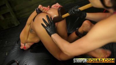 Sabrina Banks Loves Lesbian Domination & BDSM Fun with Brooklyn Daniels