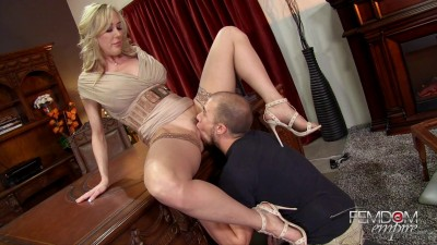 Brandi Love The Deans Demands (2016)