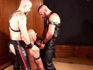 Folsom Daddies - Three Fuckers