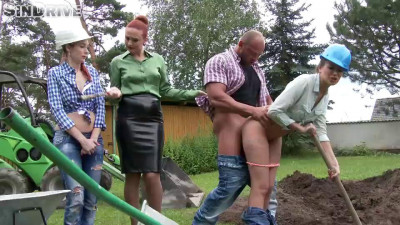 Swap This Piss and Share This Cock Girls Get Wet And Make It Rock! (2016)