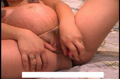Pregnant and dildo pussy stretched it