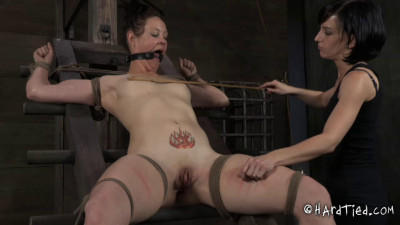 Poppy James & Elise Graves – Slut Next Door