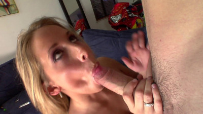 Ashley Jensen wants money but she also loves sex