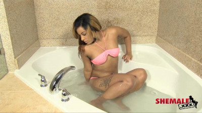 Jadea Masturbation Ebony (2013)