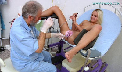 Gynecological examination: Catherine