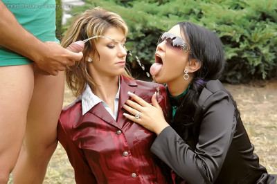 Carmen Black, Amanda Vamp - Last Days Of Summer