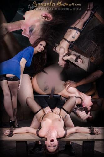 SexuallyBroken - Nov 23, 2015 - Grand finale of Syren de Mer BaRS's show with punishing BBC