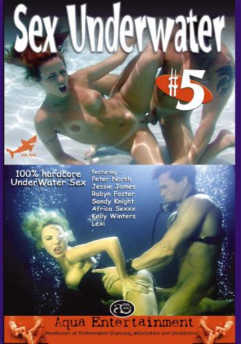 Sex Underwater 5