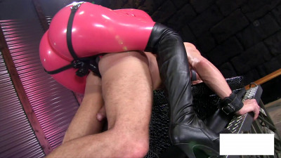 Bitch in pink tights fuck me like a man