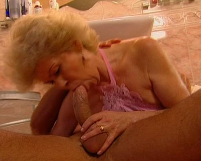 Cumming in the cougars mouth