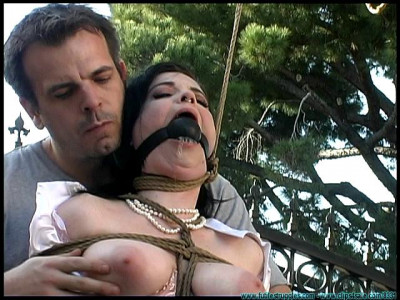 FS – Backyard Bondage Fun With Sybil – Part 1