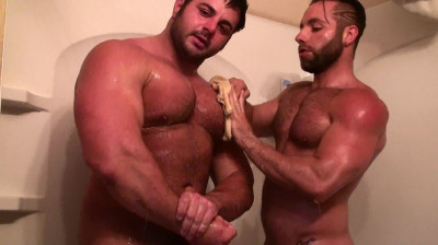 Mission4Muscle Dual Muscle Shower — Frank The Tank and Tony Larson