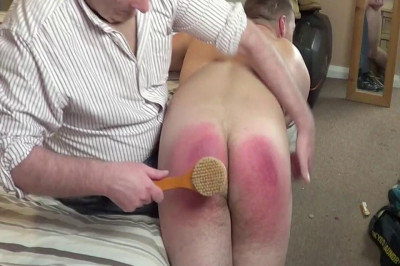 Straight Lads Spanked   Oliver   Bath Brush Beating