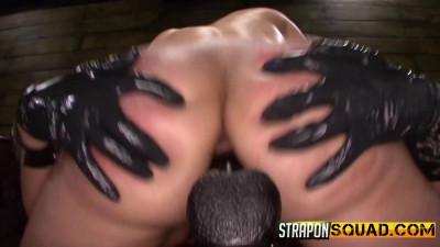 Straponsquad – May 08, 2015 – Isa Mendez & Kimber Woods Make Alessa Snow Cum
